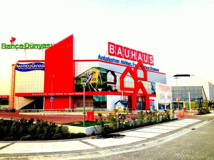 """Bauhaus'ta """"Süper Cuma"""" devam ediyor"""