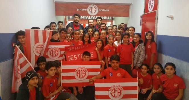 CIP Travel Antalyaspor'dan öğrencilere ziyaret