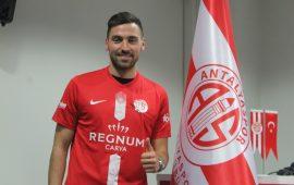 Antalyaspor'da 3. imza Sinan Gümüş'ten geldi