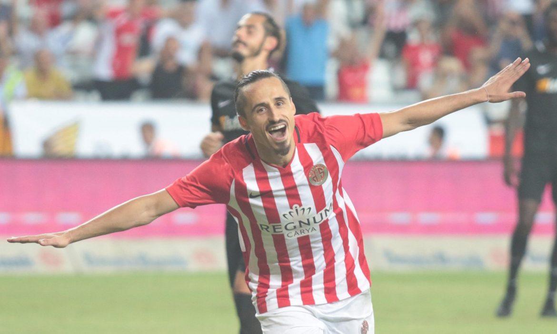 Serdar Özkan resmen Bursaspor'da