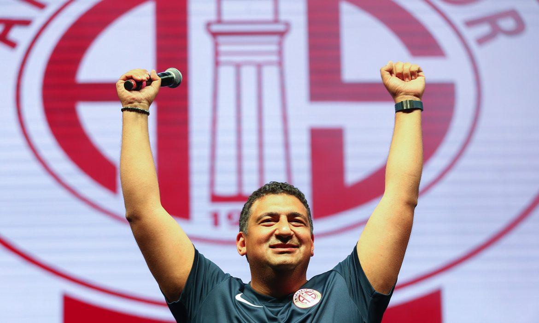 Ali Şafak Öztürk: Önümüzdeki sezon Avrupa'yı hedefleyeceğiz