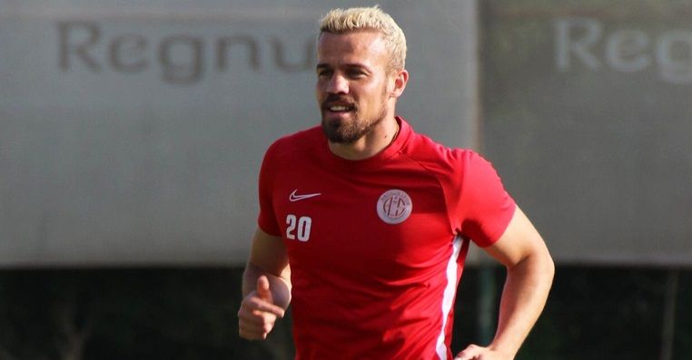 Chico'dan Antalyaspor'a veda