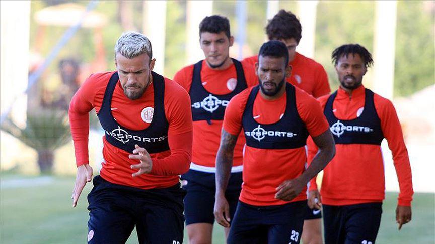 Antalyaspor'da revizyon zamanı!