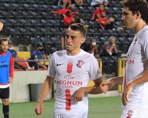 Antalyaspor gençleriyle fark yaratıyor