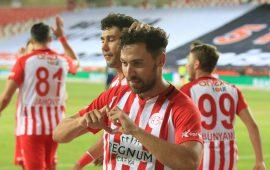 Antalyaspor'dan flaş Sinan Gümüş ve Jahovic açıklaması