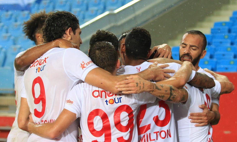 Pandemi Antalyaspor'a işlemedi!