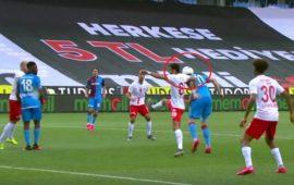 Bülent Yıldırım: Böyle komik bir penaltı verilmesini kabul edemiyorum
