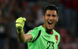 Antalyaspor genç file bekçisini takip ediyor