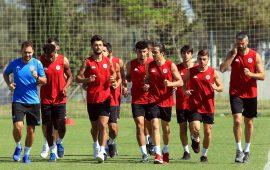Antalyaspor 21 futbolcusunu kiraya gönderdi