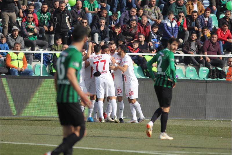 Antalyaspor pandemiye damga vurdu