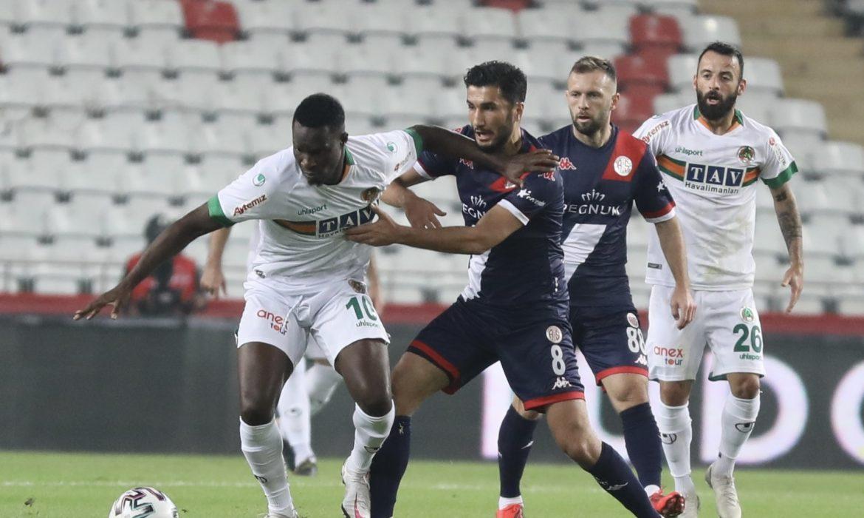 Antalyaspor 0 – 2 Alanyaspor