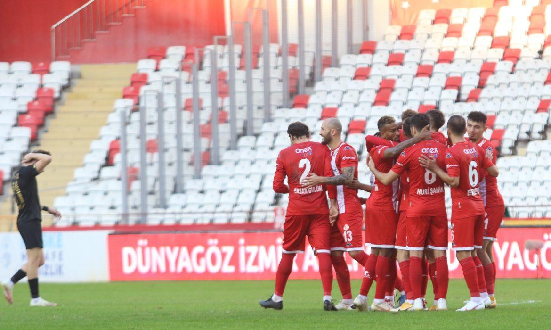 Paşa kazandı Antalyaspor ligde kaldı