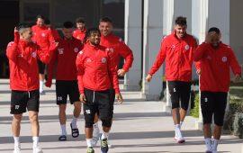 Antalyaspor 2 eksikle gitti