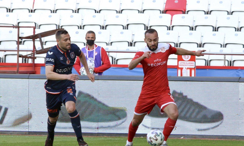 FTA Antalyaspor 0 – 0 Başakşehir