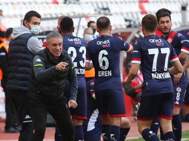 Ersun Yanal: Antalyaspor'a ilk kupasını kazandırmak…