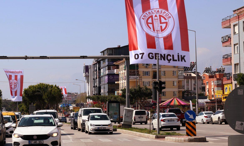Belediye Başkanı'ndan Antalyaspor'un kampanyasına tepki!