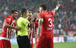 Antalyaspor'dan Mete Kalkavan isyanı