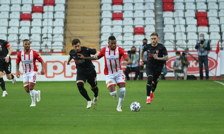 Antalyaspor, Sivasspor'a 5 maç sonra kaybetti