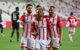 Antalyaspor 7 yıldır kabetmiyor!