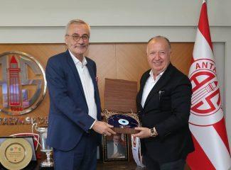 Mustafa Yılmaz'dan tarihi karar ! Gültekin Gencer Antalyaspor tesislerinde !!!