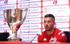 Podolski: Kupayı kazanmaya geldim