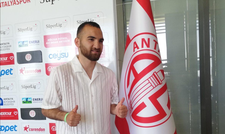 Erkan Eyibil resmen Antalyaspor'da