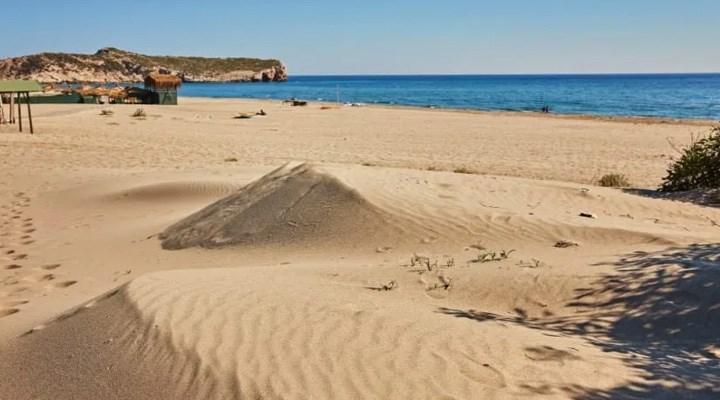 Patara'dan kum çalındı iddiası!